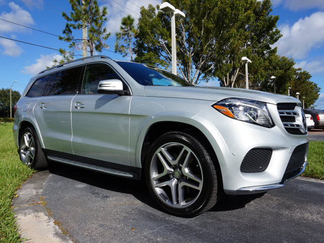 Pre owned 2017 mercedes benz gls550 gls550 4matic suv in for 2017 mercedes benz gls550 4matic
